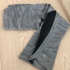LULULEMON gray crop yoga pants